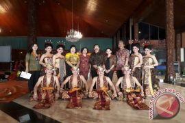 Bali Angkat Tradisi Tenganan di Parade Tari Nusantara