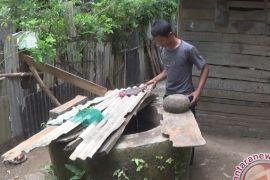 Sumur Warga Banyubiru Diduga Tercemar Limbah Pabrik Kertas