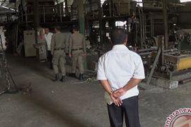 Pabrik Kertas yang Dikeluhkan Warga Jembrana Diperiksa Petugas