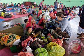 Demokrat Instruksikan Kader Membantu Pengungsi Gunung Agung