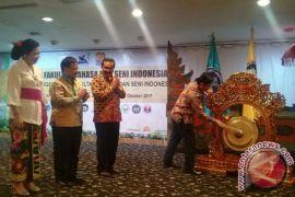 Kemenristekdikti-Undiksa Menggelar Forum FBS di Bali