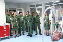 Gubernur Pastika Tinjau Kesiapan Operasional RS Bali Mandara