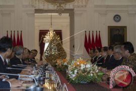 Presiden Jokowi Menerima Mantan PM Jepang