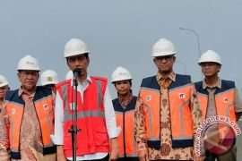 Presiden Jokowi Resmikan Pengoperasian Tol Becakayu