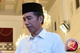 Ribuan santri sambut Presiden Jokowi di Pekalongan