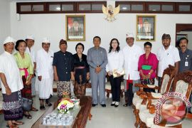 Gubernur Pastika Dorong Peningkatan Kapasitas Pengurus