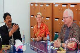 Pejabat SIT Amerika Kunjungi IHDN Kerja Sama Kebudayaan