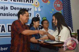 Peluncuran Buku Kumpulan Karya Ilmiah Siswa Peraih Medali