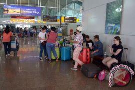 Limpahan Penumpang Bandara Mulai Masuk Pelabuhan Gilimanuk