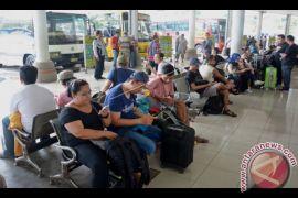 Penumpang Bus Melonjak Setelah Penutupan Bandara Ngurah Rai (Video)