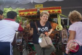 Wisman kunjungi Denpasar tertarik belajar budaya Bali