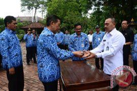 Pemprov Bali Hibahkan Empat Mobil Untuk Instansi Vertikal