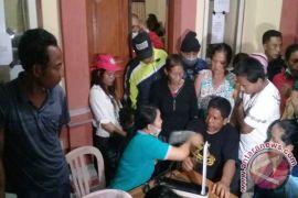 YIP Beri Pelayanan Kesehatan Pengungsi Gunung Agung