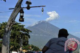 PVMBG: Pengisian Kubah Lava Gunung Agung Naik Tipis