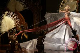 Wagub Bali Minta Seniman Muda Jadikan