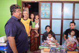 Bupati Agus Suradnyana Kunjungi Korban Terdampak Bencana Alam