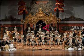 Dosen-Mahasiswa Thailand Saksikan Pementasan Seni ISI Denpasar
