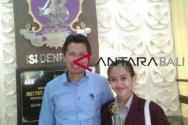 Mahasiswa ISI Denpasar Raih Penghargaan di Malaysia