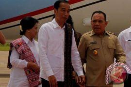 Di Pulau Rote, Presiden merasa sudah lengkap kelilingi Indonesia