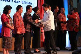 Pemprov Bali raih penghargaan akuntabilitas kinerja 2017