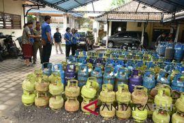 Tim monitoring Badung lakukan sidak pangkalan gas