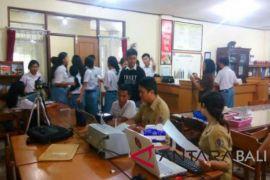 Disdukcapil Denpasar lakukan 'jemput bola' perekaman KTP-E