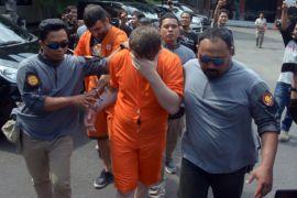 Ditangkap di Bali, warga Turki bobol 12 rekening (video)
