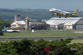 Penerbangan ke luar negeri naik 5,59 persen