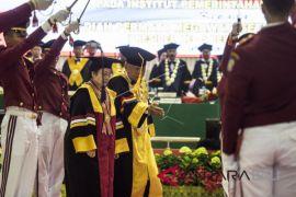 Gelar Doktor Honoris Causa Megawati Soekarnoputri