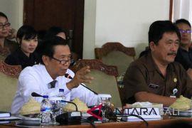 Gubernur Bali dukung penertiban kendaraan bekas