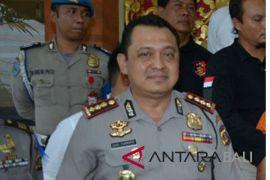 Lima tahanan Polsek Denpasar Barat kabur