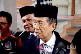 Gubernur Bali dengarkan paparan studi Bandara Buleleng