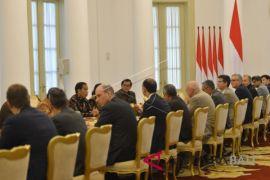 Presiden Jokowi terima delegasi AIIB di Istana Bogor