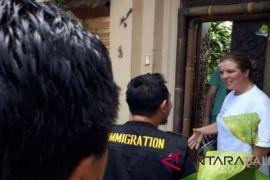 Kesbangpol Denpasar rutin lakukan pemantauan WNA