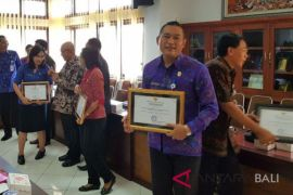 Pelayanan KTP-e Klungkung raih penghargaan pelayanan publik
