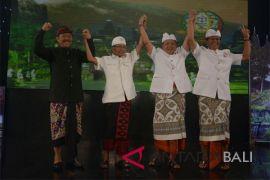 Peserta Pilkada Bali ikuti debat strategi berpihak pertanian