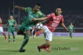 Pendukung kecewa Bali United kalah (video)