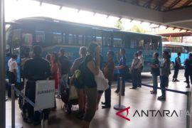 Menpar jamin penumpang terdampak Gunung Agung diantar ke Surabaya