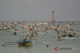 Nelayan Kedonganan Badung pilih tidak melaut