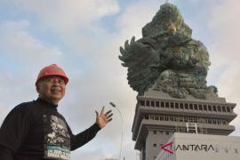 Anggota DPR bangga berdirinya patung GWK