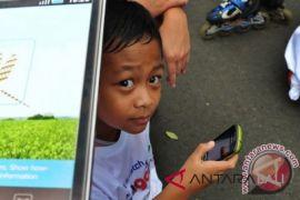 Tips agar anak aman ber-media sosial
