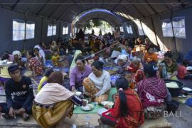 Warga Lombok keluhkan minimnya bantuan pascagempa