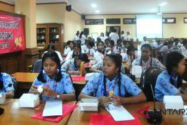 Kesbangpol Badung ajak pelajar kuatkan wawasan kebangsaan