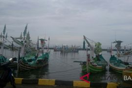 Cuaca buruk, nelayan Jembrana nekat melaut