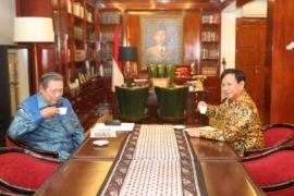 SBY disajikan Kopi 08 di kediaman Prabowo