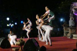 Sanggar Bona Alit kolaborasikan musik dan yoga
