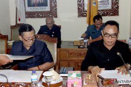 Eksekutif-Legislatif Bali teken KUA-PPAS 2019