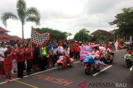 Sekda Kabupaten Klungkung melepas Lomba Sepeda Hias