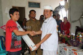 Bupati Bangli serahkan 28 mesin pertanian