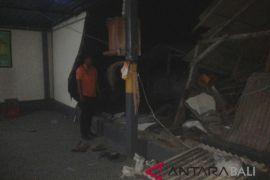 Di Jembrana, sejumlah bangunan rusak akibat gempa